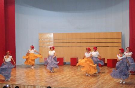 UAT a diplomado en danza folklórica